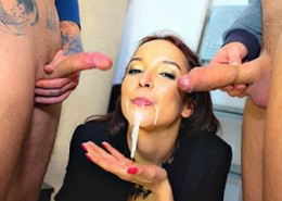 Best pay adult site for public sex scenes.